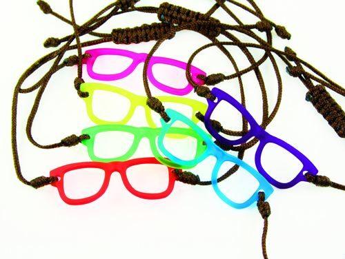 be0d49e23c7780766936dd422861930d--eyewear-tes